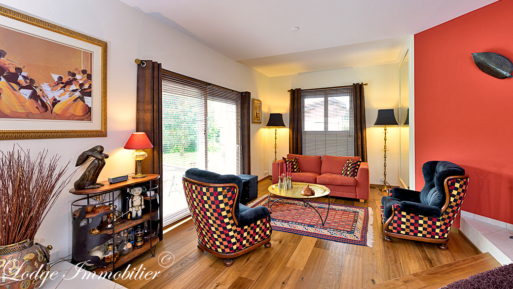 Vente maison individuelle prevessin 01280 3576 1 3 lodge for Vente maison individuelle 06